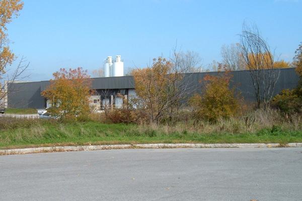 Canada Warehouse 03